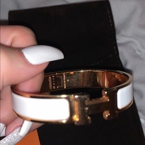 Hermes Accessories - Hermès rose gold and white clic bracelet